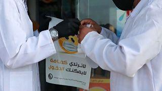 حملات توعية  يقودها المركز الوطني لمكافحة الأمراض من اجل التزام  المواطنين بالاجراءت الصحية
