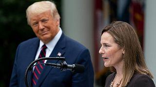 ایمی برت، نامزد عضویت در دیوان عالی آمریکا در کنار دونالد ترامپ