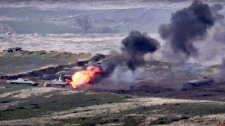 Карабах: Армения и Азербайджан обвиняют друг друга в эскалации конфликта