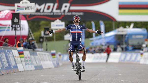 Алафилипп выиграл ЧМ-2020 по шоссейному велоспорту