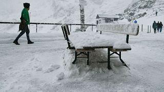 Такие снегопады в Альпах - крайне редкое явление для сентября