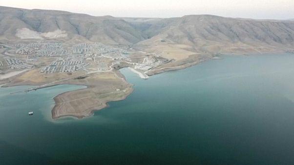 البحيرة المقامة على نهر دجلة