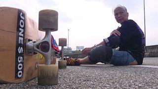 Η σανίδα που «θεραπεύει»: Το longboarding ως αντίδοτο στον καρκίνο