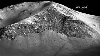 Hallan un lago escondido en Marte