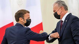 Le président français Emmanuel Macron et son homologue lituanien, Gitanas Nauseda, le 28/09/20 à Vilnius.