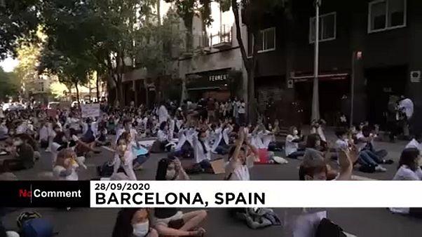 Strike by Catalonia junior doctors enters 2nd week