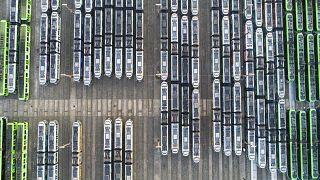Anche ad Hannover i tram sono rimasti nei depositi