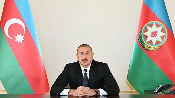 Conflitto Armenia-Azerbaigian, Pompeo chiede il cessate il fuoco