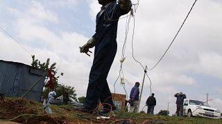 Eskom s'attaque aux branchements électriques illégaux