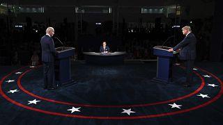 Le candidat démocrate Joe Biden et le président des Etats-Unis Donald Trump, lors de leur Premier débat à Cleveland le 29 septembre 2020.