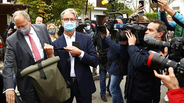 Ο πρώην ισχυρός άντρας της Audi, Ρούπερτ Στάντλερ, προσέρχεται στο δικαστήριο