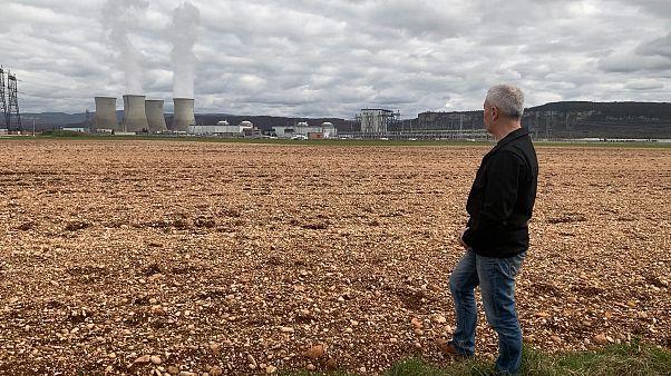 Activistas alertan sobre el riesgo del funcionamiento de las antiguas centrales de energía nuclear