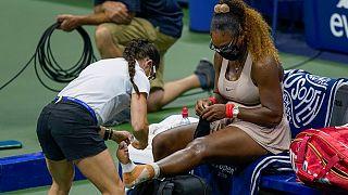 """Lesão sofrida nas """"meias"""" do Open dos EUA obriga Serena a desistir em França"""