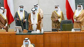 شیخ نواف آل احمد آل صباح، امیر جدید کویت هنگام ادای سوگند