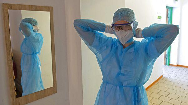 Medizinisches Personal im Krankenhaus in Deutschland, 14.5.2020