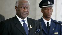 L'ex-président Koroma interdit de quitter le pays