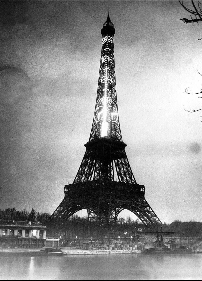 Turnul Eiffel - 1934