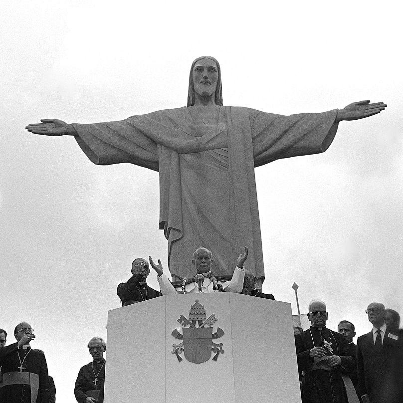 Statuia Iisus Mântuitorul - 1980