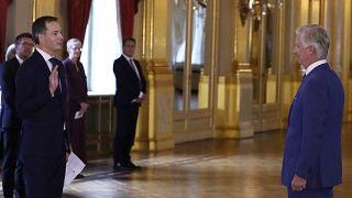 Le nouveau Premier ministre libéral flamand Alexander De Croo a prêté serment devant le roi Philippe jeudi 1er octobre 2020.