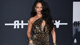 Şarkıcı Rihanna