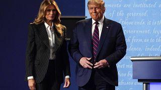 La coppia presidenziale durante il primo dibattito televisivo a Cleveland, Ohio