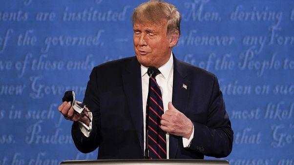 Il contagio spunta le armi di Trump nel mezzo della campagna elettorale