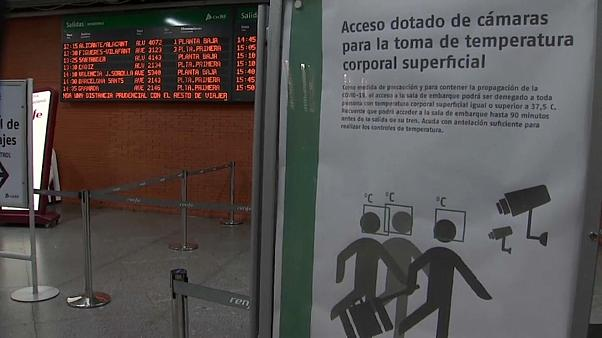 Hygienehinweis am Bahnhof in Madrid