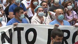 ویدئو؛ اعتصاب و تظاهرات کارکنان بهداشت آرژانتین در بوئنوس آیرس