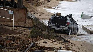 """Tempestade """"Alex"""" mata em França e Itália"""