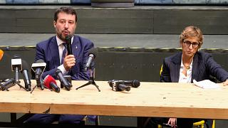 Ex-ministro do Interior falou aos jornalistas após a audiência preliminar