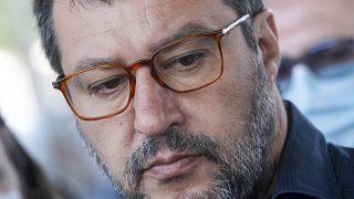 Matteo Salvini face à la justice pour avoir bloqué des migrants en mer