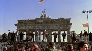 На следующий день после падения Берлинской стены. 10 ноября 1989 года