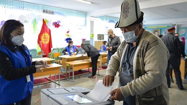 Kirgistan wählt neues Parlament