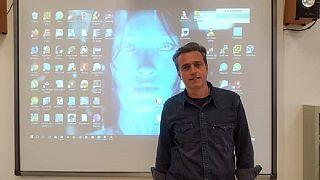Κάρλο Ματζόνε: Δάσκαλος της χρονιάς που τιμήθηκε με το Global Teacher Prize 2020