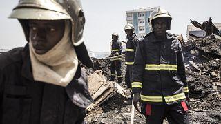 Violent incendie dans un marché de Dakar