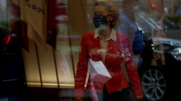 Урсула фон дер Ляйен после саммита ЕС в Брюсселе 2 октября 2020