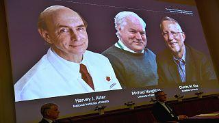 هارفي ألتر وتشارلز رايس والبريطاني مايكل هيوتون الفائزون بجائزة نوبل في مجال الطب للعام 2020