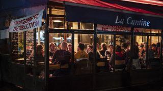 Una brasserie a Parigi