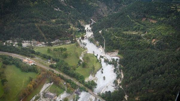 سیل در مرز ایتالیا و فرانسه؛ ۲۰ نفر همچنان مفقود هستند