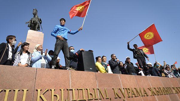 قرغيزستان تلغي نتائج الإنتخابات البرلمانية بعد موجة احتجاجات