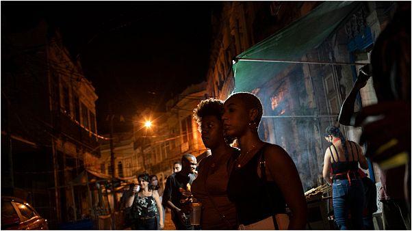 Spontan-Samba in den Straßen von Rio de Janeiro