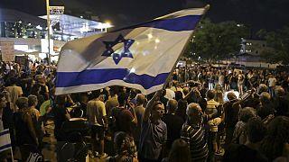 A miniszterelnök lemondásáért tüntetők Izraelben.