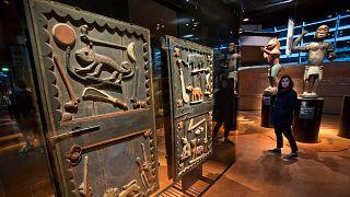 Fransız müzelerinde Afrika'ya ait 90 bin civarında eser bulunuyor