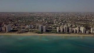 Le littoral de Varosha, ville fantôme depuis 1974
