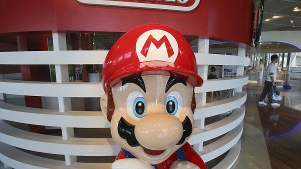 Sevilen oyun karakteri Süper Mario