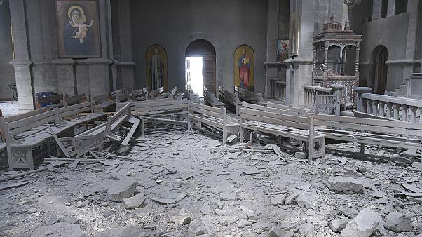 Bombatalálat érte Hegyi-Karabah legfontosabb templomát
