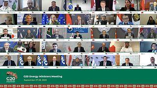 Avrupa Birliği ve üye ülkeler, Suudi Arabistan'ın başkenti Riyad'da düzenlenecek G20 zirvesine katılım düzeyini 'düşürmeyi' masaya yatıracak.