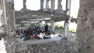 L'école dans les ruines, près de Taëz, au Yémen