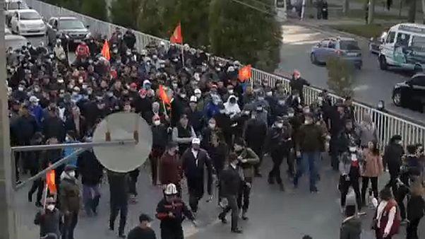Бишкек: стычки и режим ЧП