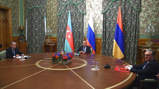 Nagorno-Karabakh: diplomazia al lavoro mentre Baku avanza militarmente